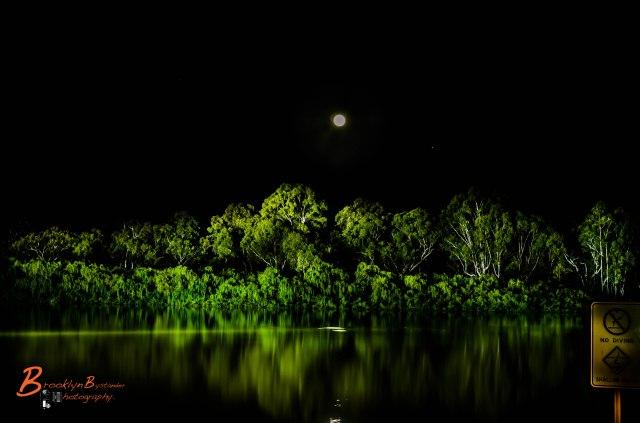 Renmark Moon